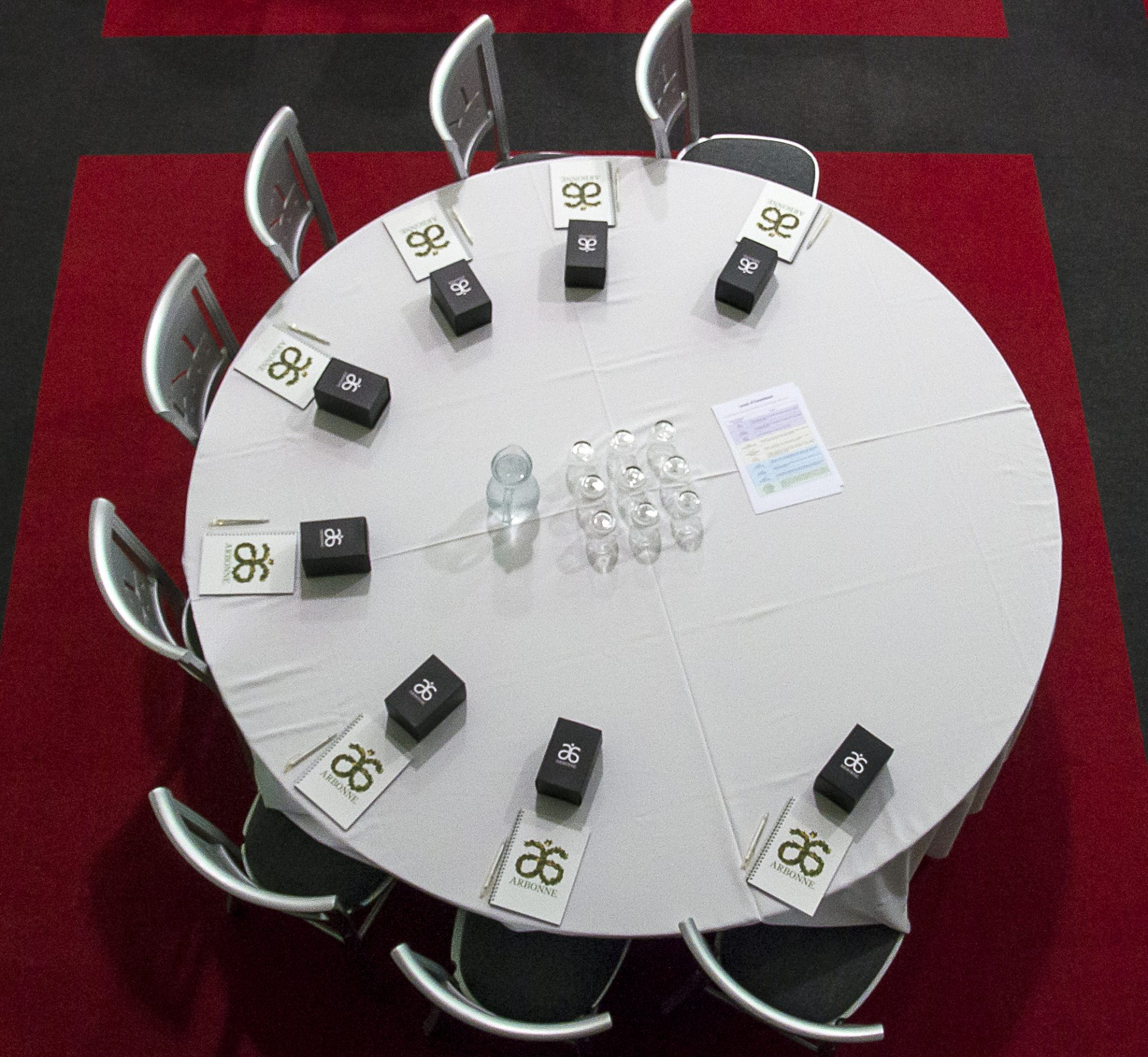 Table layout showing High end detail to make your first corporate event a success.
