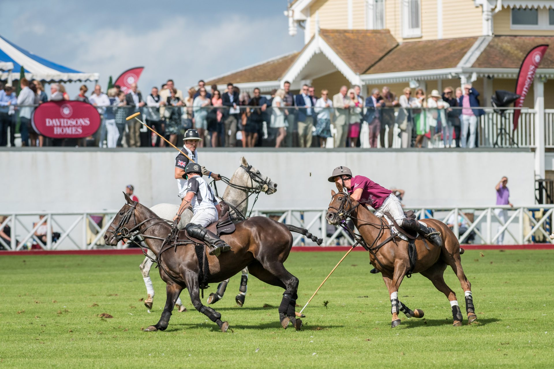 Watching Polo at Dallas Burston Polo Club