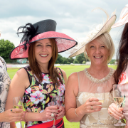 Fashion tips for ladies day
